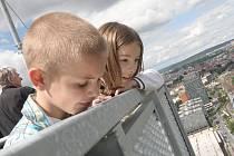 Den otevřených dveří v nejvyšší budově České republiky, brněnském AZ Toweru.