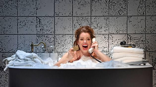 Muzikál Pretty Woman vznikl z pera Jonathana Fredericka Lawtona, který jej původně plánoval jako temné sociální drama o životě prostitutek. Městské divadlo Brno jej premiérově uvede příští týden.