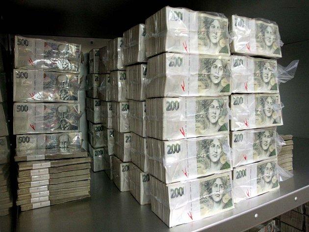Peníze v ČNB nezaháleji.