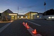 Revitalizace středu obce Bílovice nad Svitavou na Brněnsku. O nové náměstí se místním postarali architekti z brněnského studia P.P. Architects