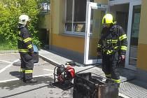 Požár v líšeňské poliklinice. Budovu muselo opustit třicet lidí