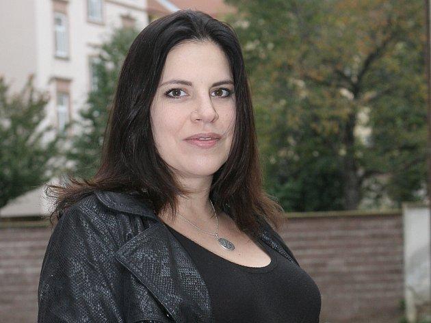 Vznik festivalu Serial Killer, který bude první svého druhu ve střední Evropě, iniciovala nezávislá producentka a proděkanka Filmové a televizní fakulty Akademie múzických umění v Praze Kamila Zlatušková.