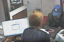 Muž přepadl banku v Merhautově ulici v Brně.