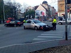 Nehoda na křižovatce ulic Milady Horákové a Drobného v Brně.