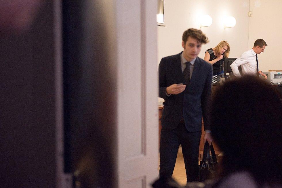 Na snímku je Ivo Lorenc, produkční brněnského klubu Kabinet Múz.