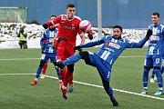 Zápas Tipsport ligy mezi 1. SC Znojmo (modrá) a FC Zbrojovkou Brno (červená).