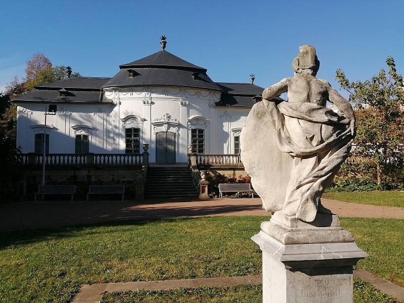 K výzvě Deníku, která se týkala zaslání fotek známých dominant Brna, se připojil i čtenář s fotografií Letohrádku Mitrovských.