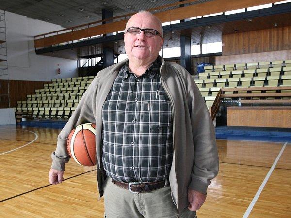 Brněnský basketbalový trenér Miroslav Pospíšil.
