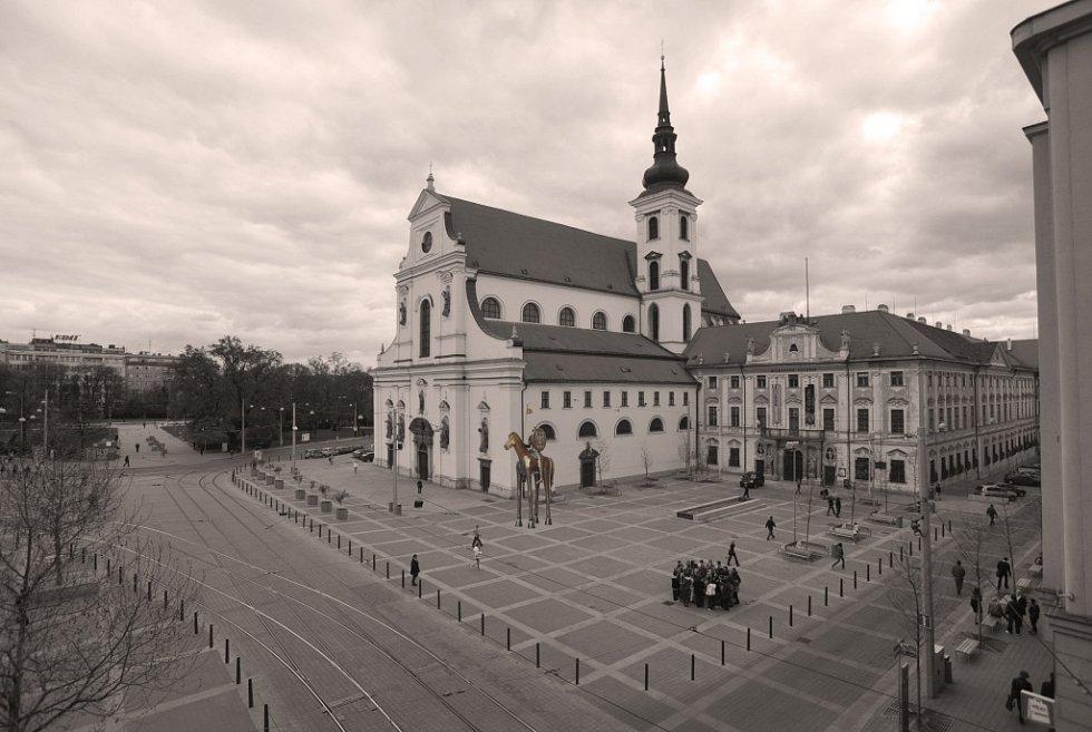 Vizualizace vítězného návrhu sochy Jošta v Brně.