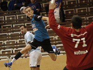 Handball ztratil utkání v druhém poločase. Hranice byly k poražení, mrzí Hastíka