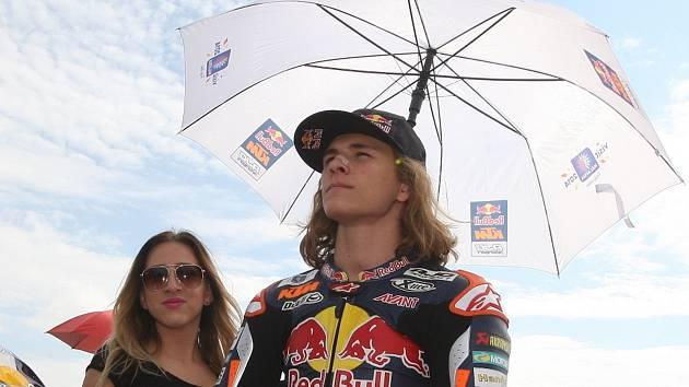 Motocyklový závodník Karel Hanika.