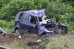 Po srážce s vlakem na přejezdu mezi Moravskými Bránicemi a Silůvkami na Brněnsku zemřel 23. května 2020 odpoledne řidič auta.