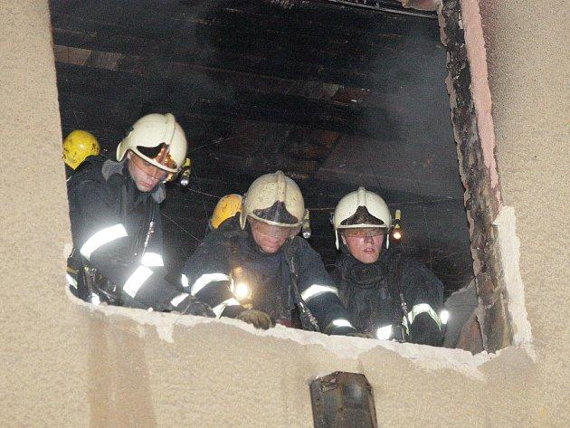 Požár v Dukelské ulici