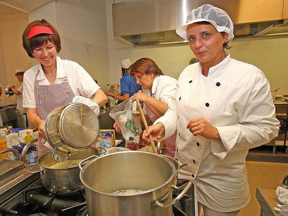 Kuchařské klání o nejlepší školní jídelnu na Moravě.