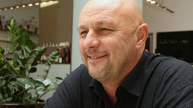 Tomáš Julínek.