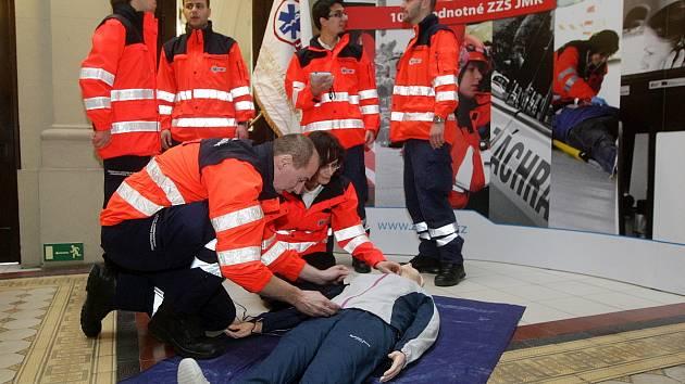 Záchranáři si připomněli výročí deseti let od vzniku společné Zdravotnické záchranné služby Jihomoravského kraje.