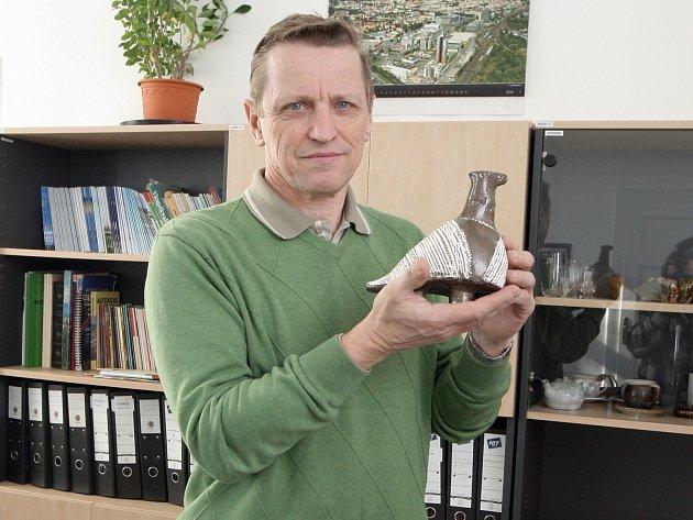 Chovatel poštovních holubů Jaroslav Novotný.