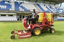 Fotbalista Lamine Fall zamířil z Líšně na půlroční hostování do Blanska, o hřiště brněnského stadionu se ale bude starat i nadále.