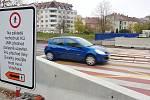 Zrušený přechod pro chodce v ulici Poříčí.