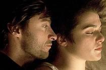 OBRAZOVÁ FILOZOFICKÁ BÁSEŇ. Film Fontána natočil režisér Darren Aronofsky v roce 2006.