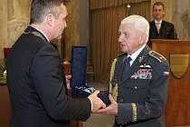 Cenu města Brna pro rok 2016 udělil primátor Petr Vokřál třinácti osobnostem.