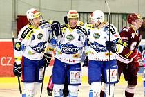 Brněnští hokejisté Komety (v bílém) podlehli Spartě 2:4.