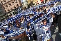 Fandové brněnských hokejistů už vyhlížejí premiérovou sezonu v extralize. Klub prodal přes pět tisíc permanentních vstupenek, přibližně o tisíc více než vloni.