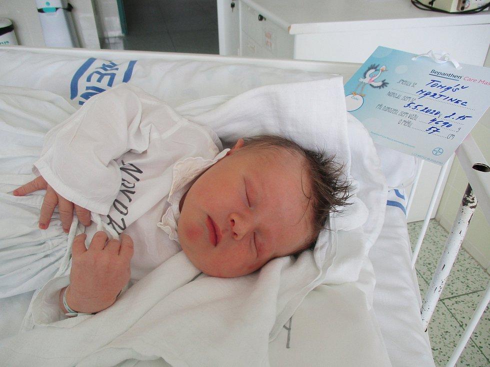 Tomáš Martinec, Břeclav, 5. května 2020, 2.15, Nemocnice Břeclav, 57 centimetrů, 4690 gramů.