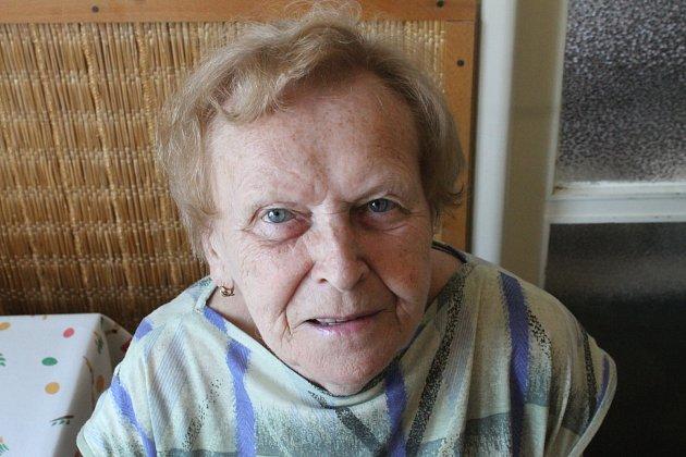 Alena Fleissigová, 79let, celý život pracovala ve výpočetním středisku vAdamově, za války bydlela na blanenském zámku
