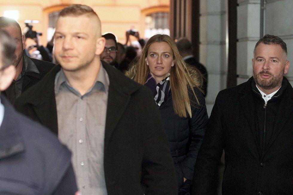 Brno 5.2.2019 - Radim Žondra a Petra Kvitová u Krajského soudu v Brně.