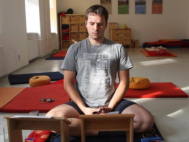 Meditující budhista. Ilustrační foto.