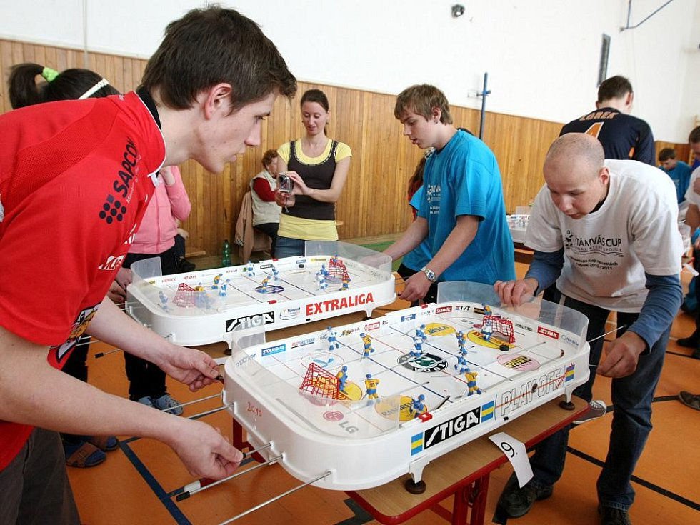 Turnaj ve Stiga hokeji.