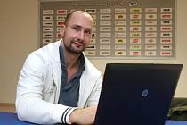 Centr hokejové Komety Brno Tomáš Divíšek při online rozhovoru.