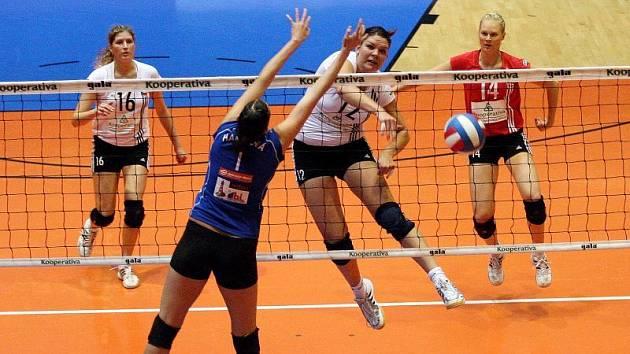 České volejbalové juniorky se s nejvyšší soutěží rozloučily na třetí příčce.