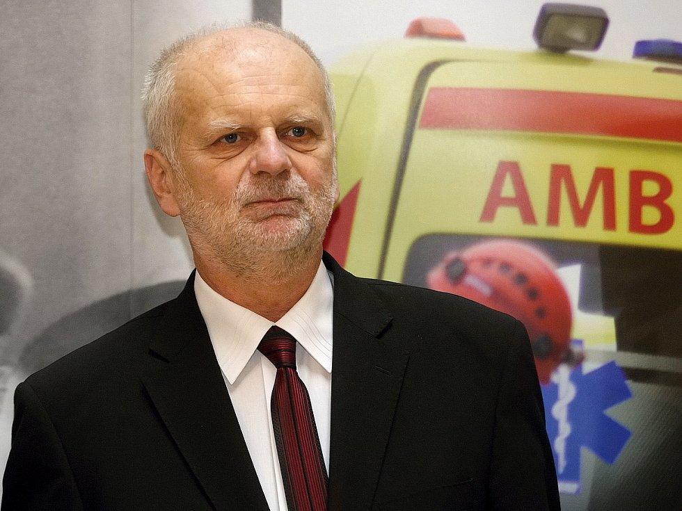 Záchranáři si připomněli výročí deseti let od vzniku společné Zdravotnické záchranné služby Jihomoravského kraje. Nechyběli při tom ředitel záchranky Milan Klusák ani hejtman Michal Hašek.