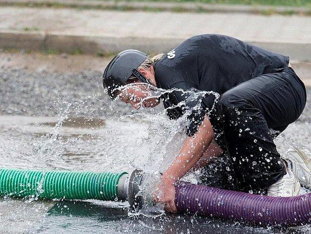 Hasiči z Mokré-Horákova se pravidelně účastní hasičských závodů.