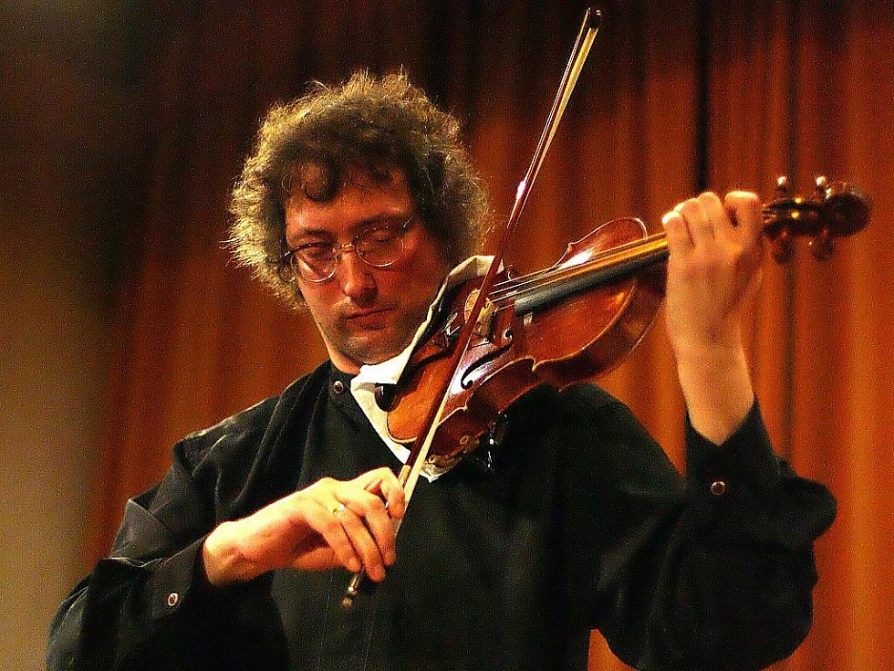 Vystoupení ruského houslisty Alexandera Schonerta.