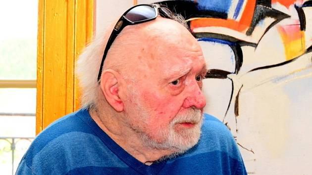 Ve věku 97 let zemřel brněnský malíř Miroslav Netík.