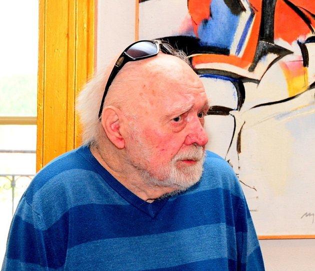Maloval válku nebo lidské poklesky. V 97 letech zemřel malíř Miroslav Netík