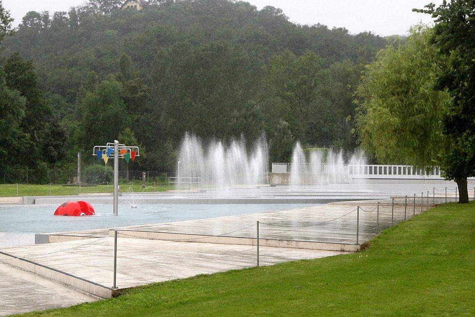 Brno 19.6.2020 - Oblíbené brněnské koupaliště Riviéra přichází s další novinkou. Návštěvníkům budou k dispozici dvě nové budovy s vylepšenou nabídkou občerstvení.