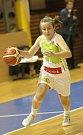 Basketbalistky KP Brno v úvodním zápase EuroCupu prohrály doma s německým Wasserburgem jednoznačně 51:73. Na snímku Andělová.
