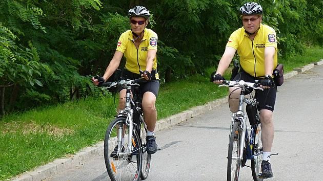 Hlídka strážníků na kolech - ilustrační foto.