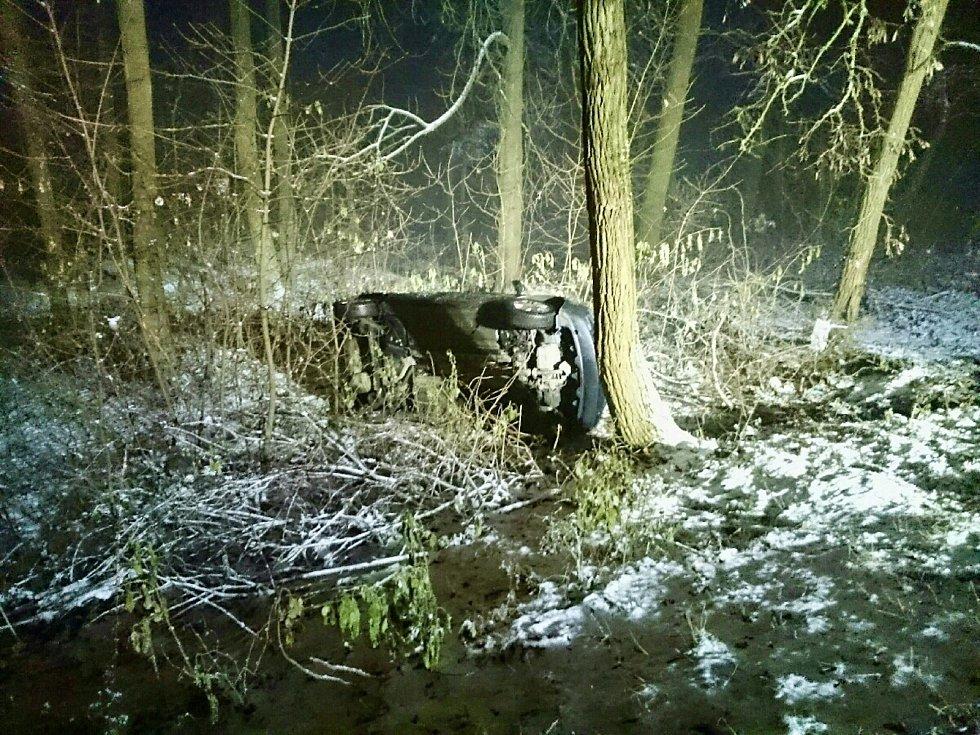 Sněžení a námraza na jihu Moravy způsobily řadu dopravních nehod.
