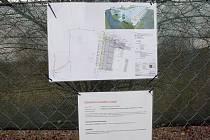 Na stůl bystrckého stavebního odboru se vrátil projekt kontroverzní stavby u Brněnské přehrady. Majitel ji plánuje jako ubytovnu pro turisty, chataři v okolí se bojí, že na místě vyroste nevěstinec.