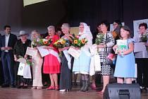 Rozhovor, zpěv, tanec, sport, ruční práce nebo módní přehlídka. V těchto disciplínách se předvedlo osm důchodkyň, které soupeřily o titul Babička roku Jihomoravského kraje.