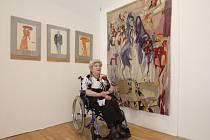 Brněnská malířka a výtvarnice Inez Tuschnerová vystavuje ukázky ze svojí tvorby v Paláci šlechtičen.