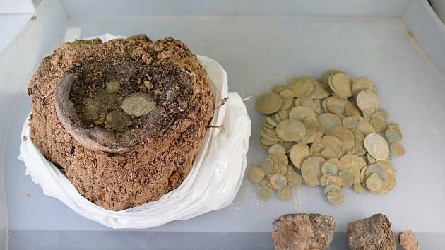 Archeologický nález u Brna.