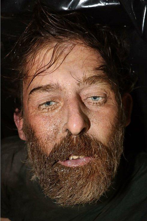 Kriminalisté pátrají po totožnosti utonulého muže z řeky Svitavy. Žádají o pomoc veřejnost.