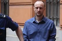 Za svázání, mučení a oloupení osmadvacetileté dívky dostal IT specialista Martin Dámek z Brna osm a půl roku ve věznici se zvýšenou ostrahou. Poslal ho tam brněnský krajský soud.
