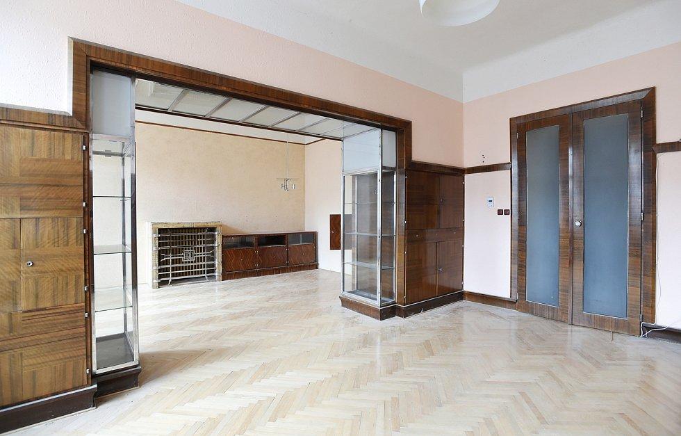Interiér prvorepublikového bytu v ulici Hlinky 46.